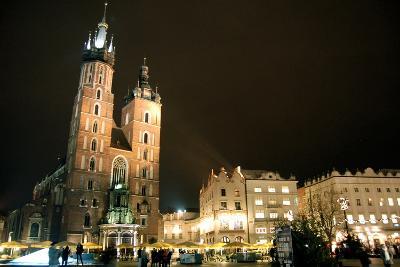 St. Mary's Basilica, Market Square, Krakow, Poland--Photographic Print