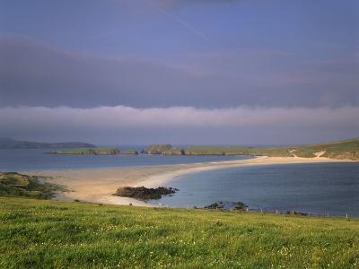 St. Ninian's Isle Tombolo, Connecting St Ninian to Mainland, Shetland Islands, Scotland-Patrick Dieudonne-Photographic Print