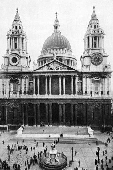 St Paul's Cathedral, London, Early 20th Century--Giclee Print
