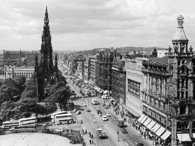Aerial view of Princes Street in Edinburgh