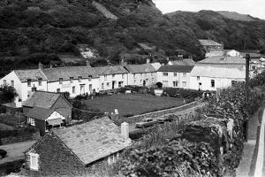 Cottages in Boscastle, 1975 by Staff