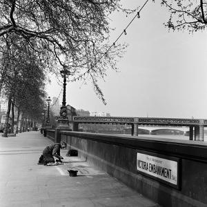 Pavement Artist, Circa 1945 by Staff