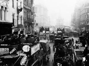 The Strand, London, November 1908 by Staff