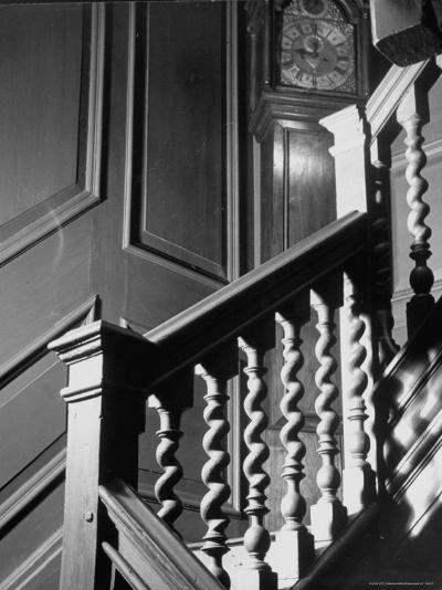 Staircase in the Metropolitan Museum of Art-Alfred Eisenstaedt-Photographic Print