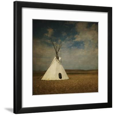 Stand Alone-Roberta Murray-Framed Photographic Print
