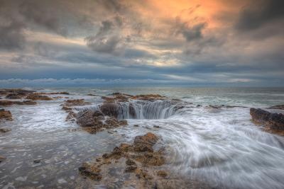 Standing at Thor's Well, Oregon Coast-Vincent James-Photographic Print