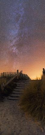 https://imgc.artprintimages.com/img/print/stars-in-a-night-sky_u-l-pzh9ks0.jpg?p=0
