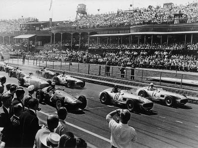 Start of the British Grand Prix, Aintree, Liverpool, 1955--Photographic Print