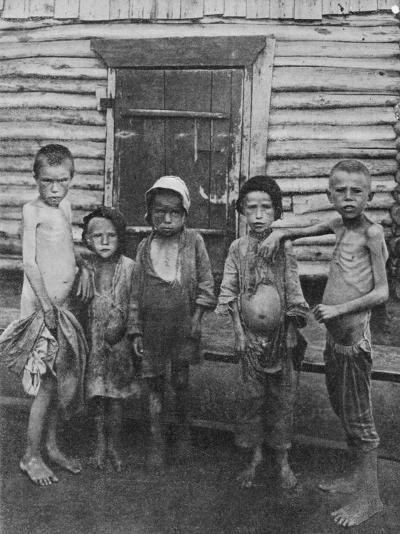 Starving and Ragged Children During the Russian Famine--Photographic Print