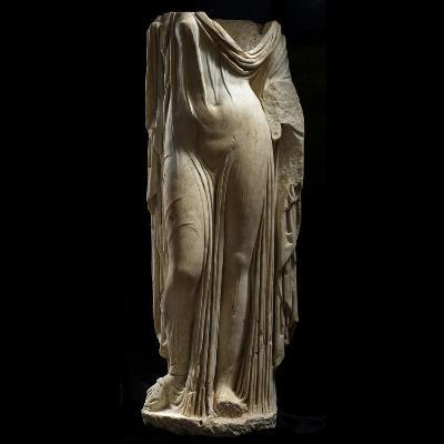 Statue Female Portrait of Type of Venus Genetrix--Photographic Print