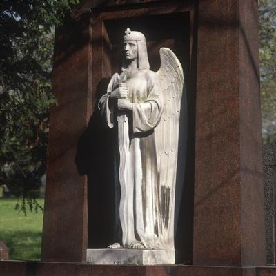https://imgc.artprintimages.com/img/print/statue-of-an-archangel-from-the-grave-of-the-graf-family_u-l-ppyfen0.jpg?p=0