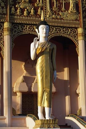 https://imgc.artprintimages.com/img/print/statue-of-buddha-wat-that-luang-neua-pagoda-vientiane-viangchan-laos-20th-century_u-l-pv73rv0.jpg?p=0