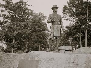 Statue of General Warren, Gettysburg, Pa.