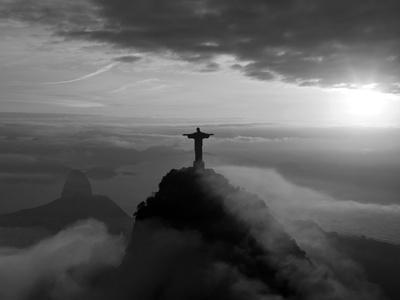 https://imgc.artprintimages.com/img/print/statue-of-jesus-known-as-cristo-redentor-christ-the-redeemer-on-corcovado-mountain-in-rio-de-ja_u-l-pxmuls0.jpg?p=0