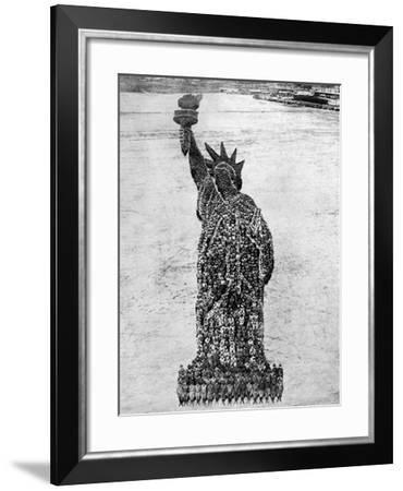 Statue of Liberty, 1918--Framed Giclee Print