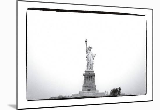 Statue of Liberty, c.1982-Andy Warhol-Mounted Art Print