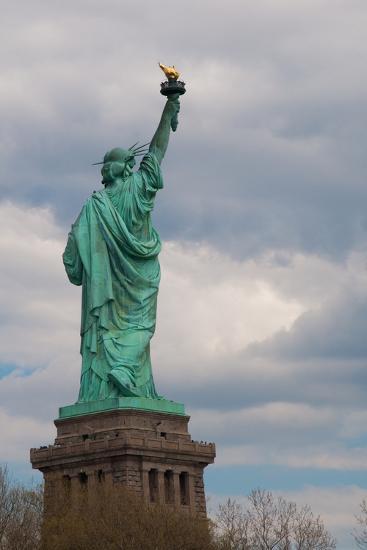 Statue of Liberty I-Erin Berzel-Photographic Print