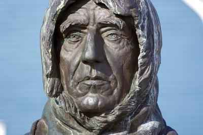 Statue of Roald Amundsen-Dr. Juerg Alean-Photographic Print