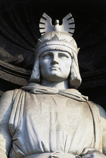 Statue of Roger II, Royal Palace, Naples, Campania, Italy, Detail--Giclee Print