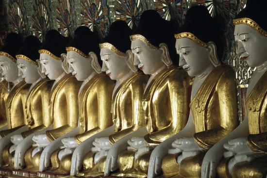 Statues of Buddha, U Min Thone Sae Pagoda, Mandalay, Myanmar (Burma)--Giclee Print