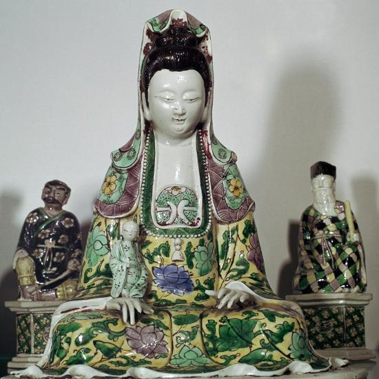 Statuette Chinese of Kuan-Yin, 17th century-Unknown-Giclee Print