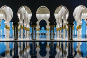 Night view of Sheikh Zayed Mosque reflected in the pool, Abu Dhabi, United Arab Emirates by Stefano Politi Markovina