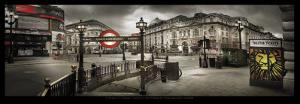 Picadilly Circus, London by Stephane Rey-Gorrez