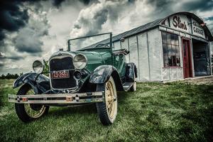 Slim's Garage by Stephen Arens