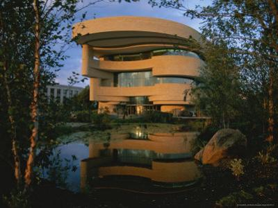 Early Light Glows on the New National Museum of the American Indian