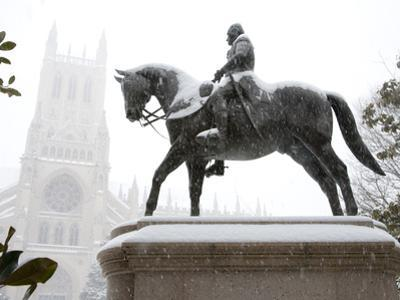 George Washington Watches over the Cathedral in 'Blizzard of 2010'