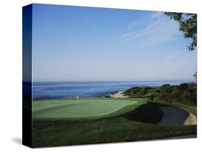 Fishers Island Club, by the sound
