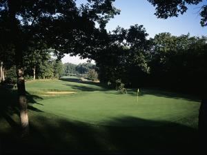 Olympia Fields Country Club North Course, Hole 4 by Stephen Szurlej