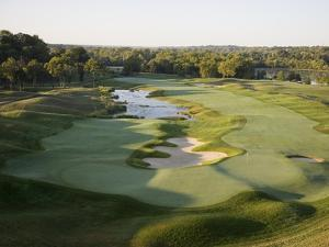 Valhalla Golf Course, Hole 18 by Stephen Szurlej