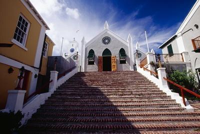https://imgc.artprintimages.com/img/print/steps-of-st-peters-church-bermuda_u-l-q1aqsvl0.jpg?p=0