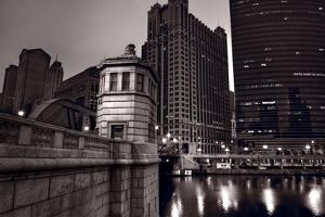 Chicago River Bridgehouse by Steve Gadomski