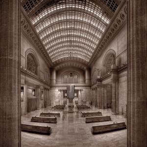 Chicagos Union Station BW by Steve Gadomski