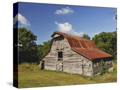 A 100-Year-Old Barn Sits Along Historic Maple Grove Road