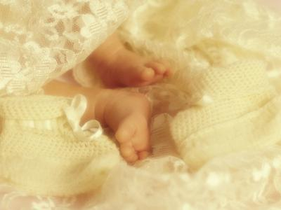 Diffused Effect of Baby Feet, Lacen and Booties