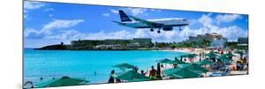 Happy Landings on St. Maarten by Steve Vaughn