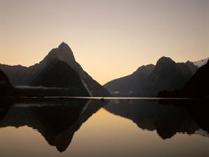 Milford Sound / Mitre Peak, Fjordland National Park, South Island, New Zealand by Steve Vidler
