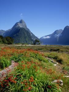 Milford Sound, Mitre Peak, New Zealand by Steve Vidler