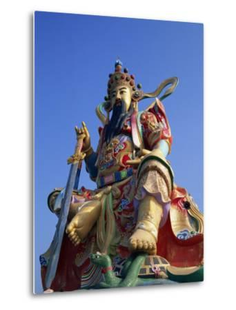 Taiwan, Kaohsiung, Lotus Lake, Statue of Taoist God Xuan-Tian-Shang-Di