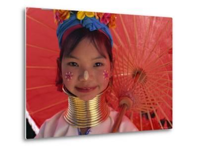 Thailand, Chiang Rai, Long Neck Karen Hilltribe, Long Neck Girl
