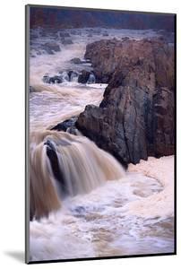 Grreat Falls #2 by Steven Maxx