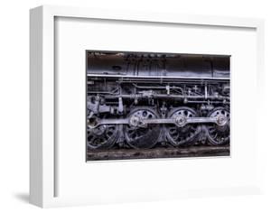 Locomotive by Steven Maxx