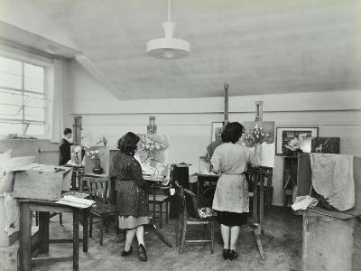 Still Life Class, Saint Martins School of Art, London, 1939--Photographic Print