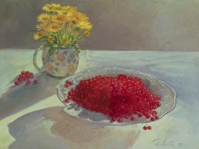 https://imgc.artprintimages.com/img/print/still-life-with-redcurrants-and-marigolds-1991_u-l-q1e3pxp0.jpg?p=0