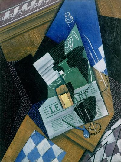 Still Life with Water Bottle, Bottle and Fruit Dish, 1915-Juan Gris-Giclee Print
