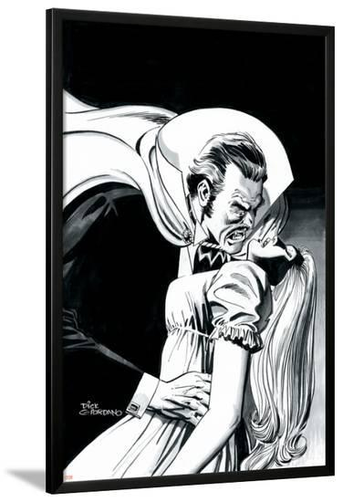 Stokers Dracula No.3 Cover: Dracula-Dick Giordano-Lamina Framed Poster