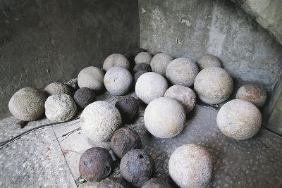 Stone and Iron Cannonballs--Photographic Print